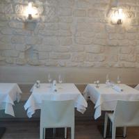 ES Restaurant