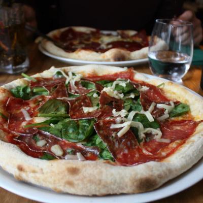 Oxymore, pizza à la française