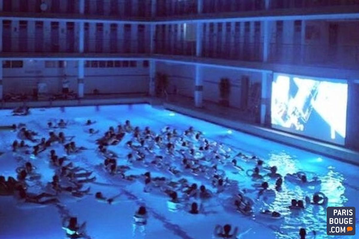 Paris Fait Son Cinema A La Piscine Pontoise Tous A L Eau Pour La