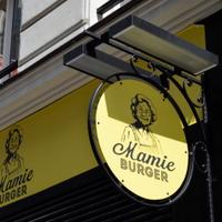 Mamie Burger Opéra