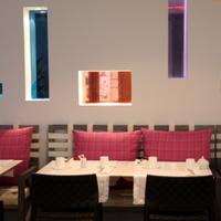 Les Mots Passants (anciennement Bel Ami Café)