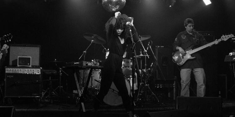 Hollie Cook en concert