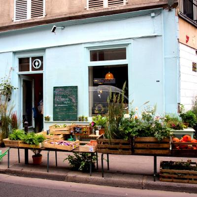 L'Épicerie VéGéTaLe : fleurs, fruits et légumes rue de la Fontaine-au-Roi