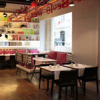 Mots Passants (anciennement Bel Ami Café)