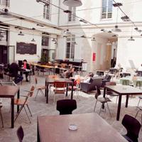 Le Café Caché