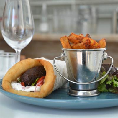 Restaurant Yaya, escapade grecque à Saint-Ouen