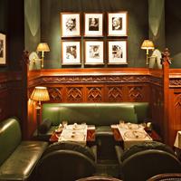 Le Duke's Bar