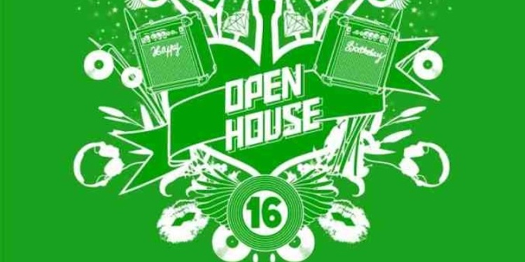 Open house : it's birthday time