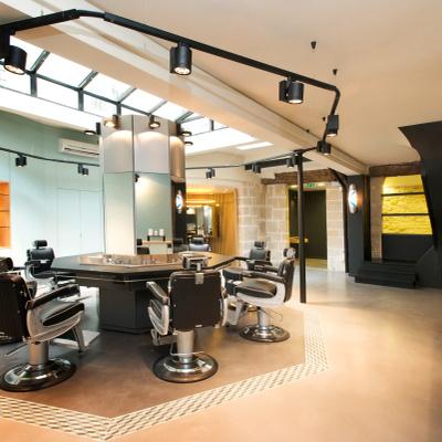 La Barbière de Paris, petit barbershop devenu grand