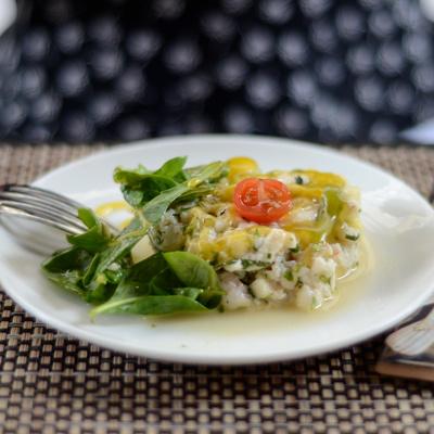 Leda : décoration soignée, tartares et plats en cocotte
