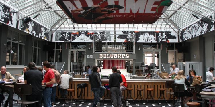 Belushi's Gare du Nord