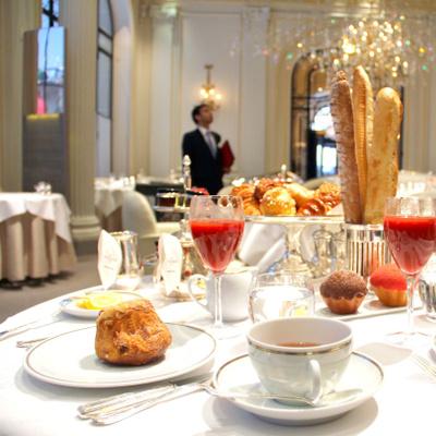 Les meilleurs petits-déjeuners de palaces à Paris !