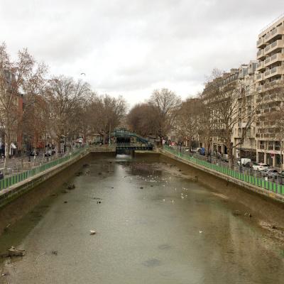 Canal Saint-Martin : les photos de l'opération nettoyage