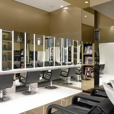 Alexandre de Paris Studio, salon de coiffure premium aux prix accessibles !