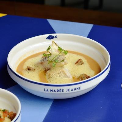 La Marée Jeanne, brasserie de poissons super cool