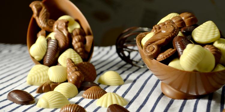 Grand Créez Votre Oeuf De Pâques Garni Au Musée Gourmand Du Chocolat